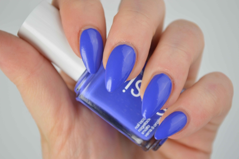 Essie_Chills_And_Thrills_Neon_LE_review