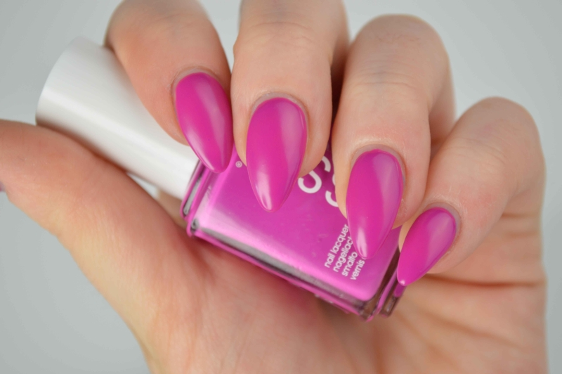 Essie_Too_Taboo_Neon_LE