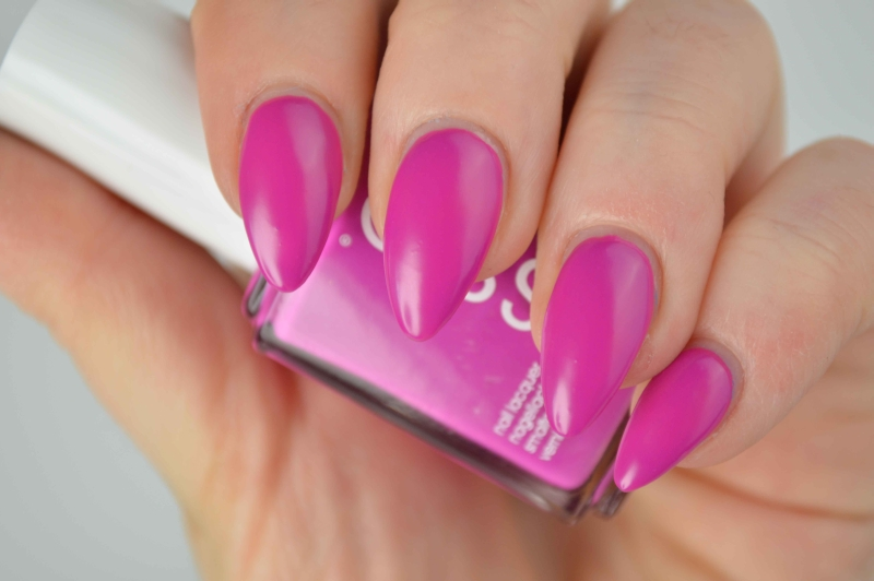 Essie_Too_Taboo_Neon_LE_Nagellack