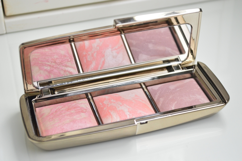 Ambient Lighting Blush Palette Hourglass
