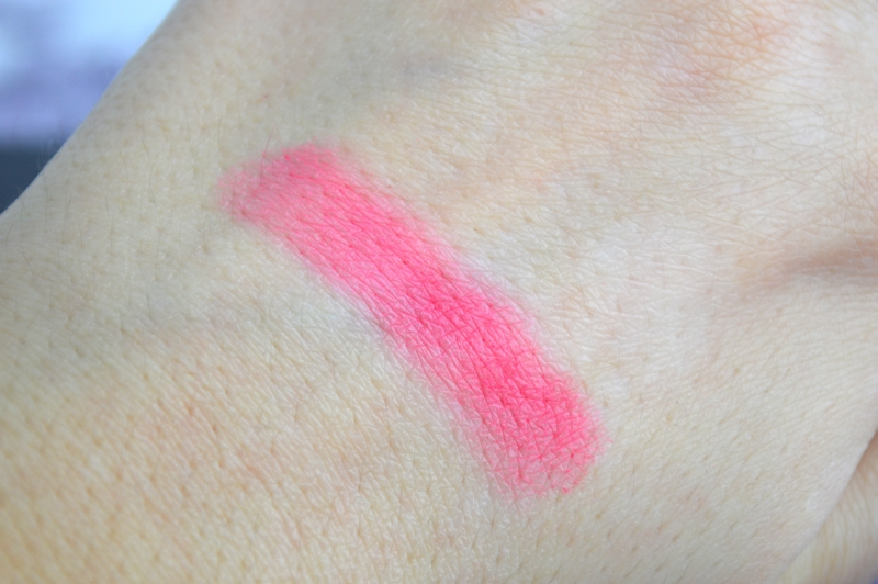 Fashionista_Blushing_Coral_Swatches