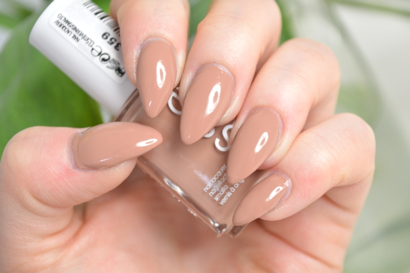 Essie Picked Perfect Review