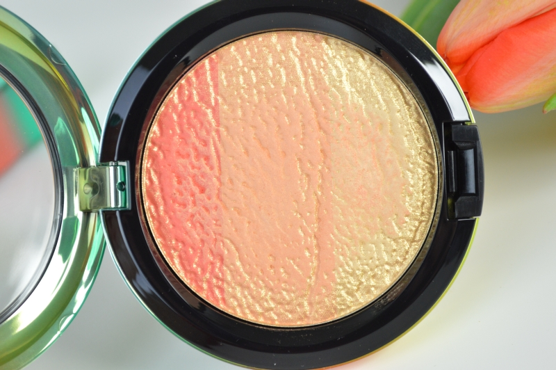 MAC Wash & Dry LE Highlighter Freshen Up Beauty Blog