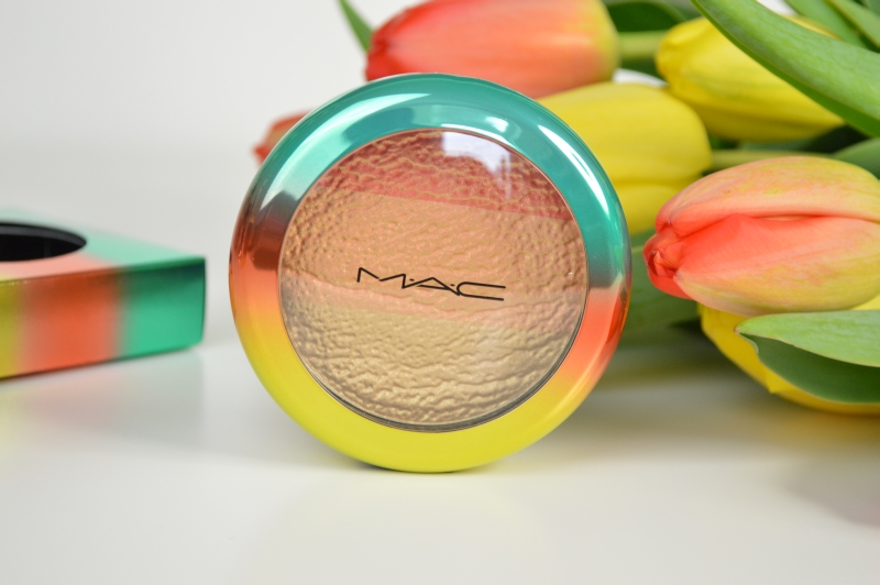 MAC Wash & Dry LE Highlighter Freshen Up Blush