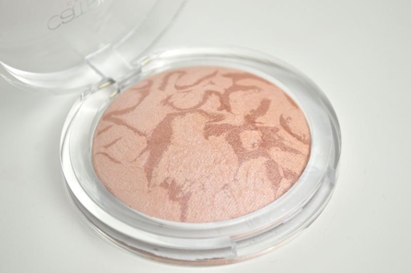 Catrice Luminizing Highlighter Luminous Light Mikalicious