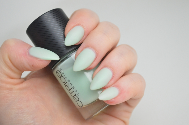 Catrice Sense of Simplicity LE Nagellack Minimalistic Mint Beauty Blog