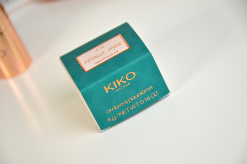 KIKO Metallic Shine Eyeshadow 01 Suberb Beige Review