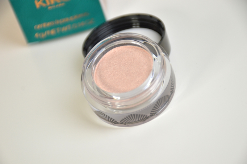 KIKO Metallic Shine Eyeshadow in 01 Suberb Beige Review