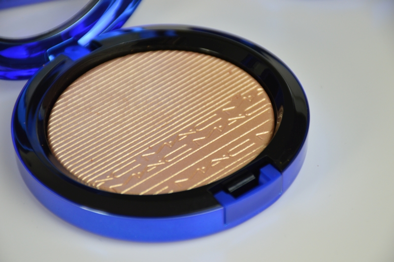 MAC Magic of the Night LE Extra Dimension Skinfinish Oh, Darling Review Beautyblog