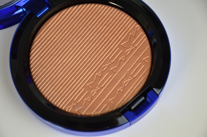 MAC Magic of the Night LE Extra Dimension Skinfinish Shaft of Gold  Mikalicious