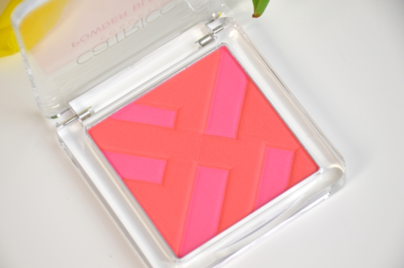 Catrice Blush Structured Shpes Graphic Grace LE Beautyblog