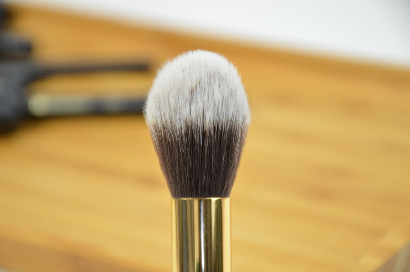 BH Cosmetics Sculpt & Blend 2 Pinselset Tapered Contour Brush 125