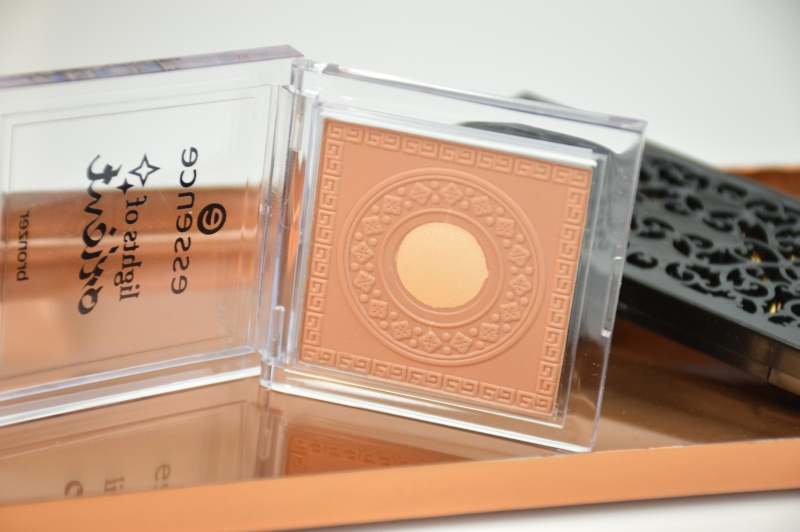 Essence Lights of Orient LE Bronzer Sunkissed Beauty  Beautyblog