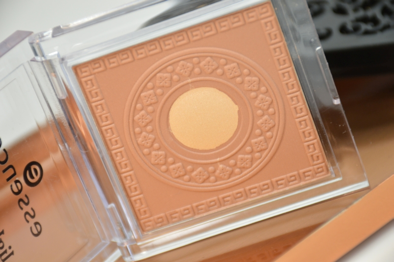 Essence Lights of Orient LE Bronzer Sunkissed Beauty  limitiert
