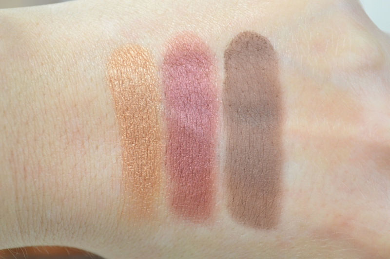 Essence Lights of Orient LE  Lidschattenpalette We love Arabian Nights Swatches Reihe 2