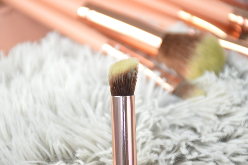 bhcosmetics bh Chic Pinselset rosegold Pinsel 4