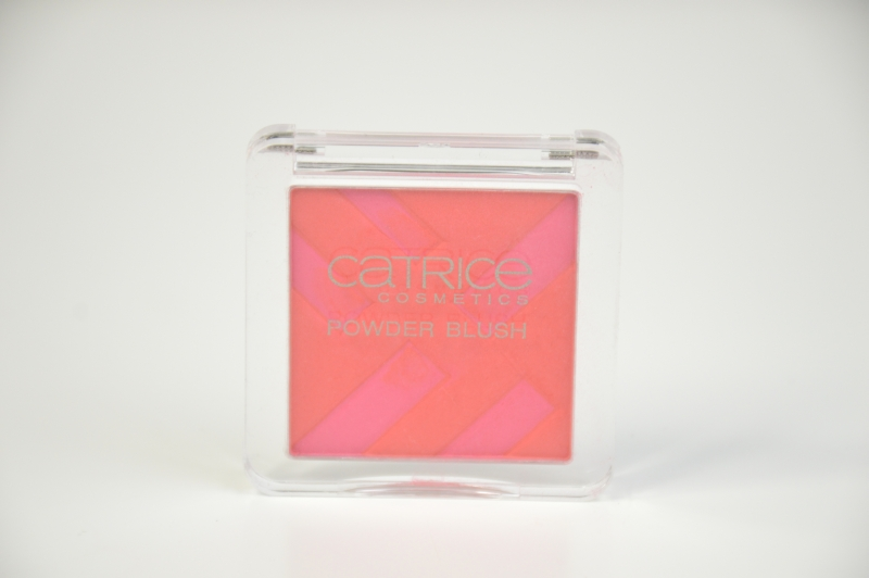 Blogsale Mikalicious Catrice Powder Blush Structured Shapes aus der Graphic Grace LE