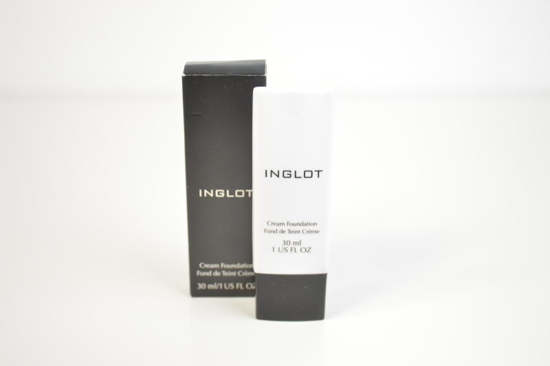 Blogsale Mikalicious Inglot Cream Foundation in Nr. 24