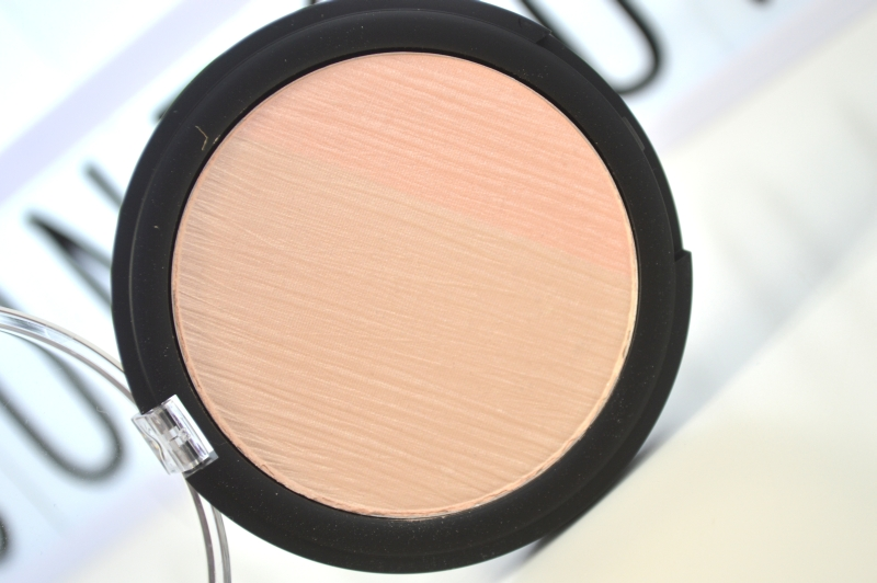 catrice-strobing-duo-highlighter-strobing-surpreme-mikalicious
