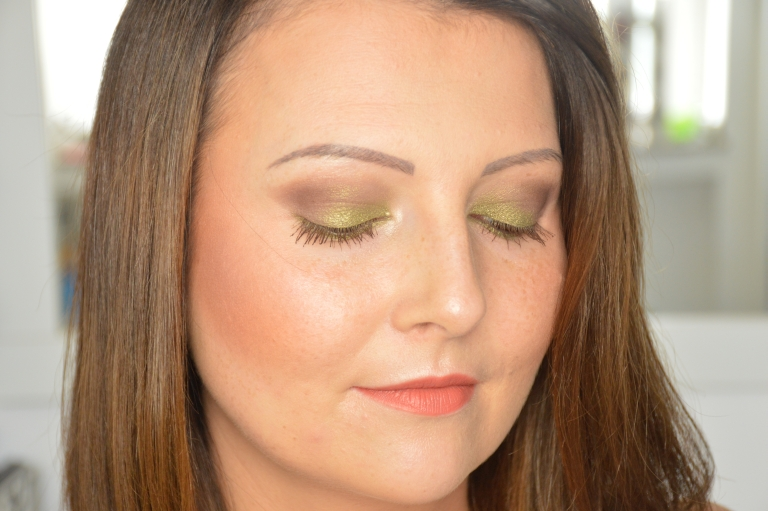 tragebilder-trend-it-up-lidschatten-scarabeo-no-1-lidschatten-bright-eyes-duo-eye-primer-fotd