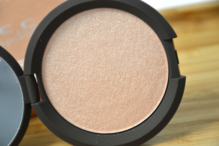 becca-jaclyn-hill-champagne-pop-highlighter-erfahrungen