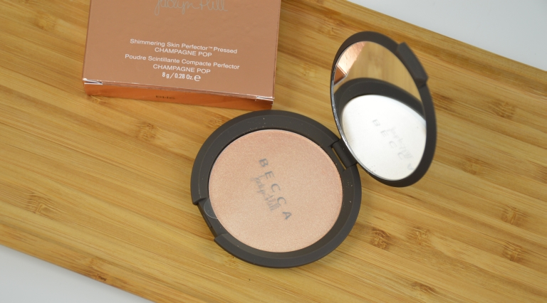 becca-jaclyn-hill-champagne-pop-highlighter-puder-highlighter
