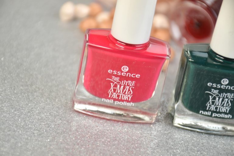 essence-the-little-x-mas-factory-le-nagellack-santa-baby