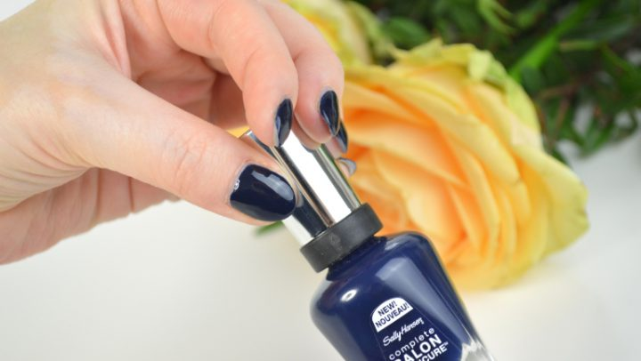 Aufgepinselt: Sally Hansen Nightwatch