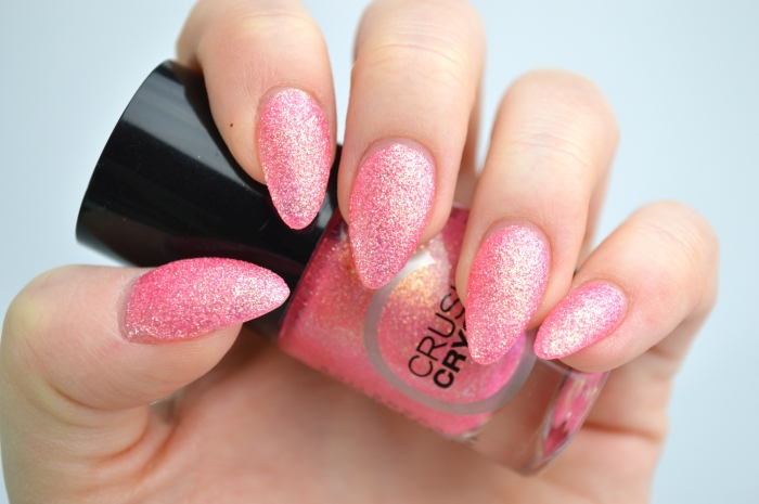 Catrice_Crushed_Crystals_Call_me_Princess_Swatches