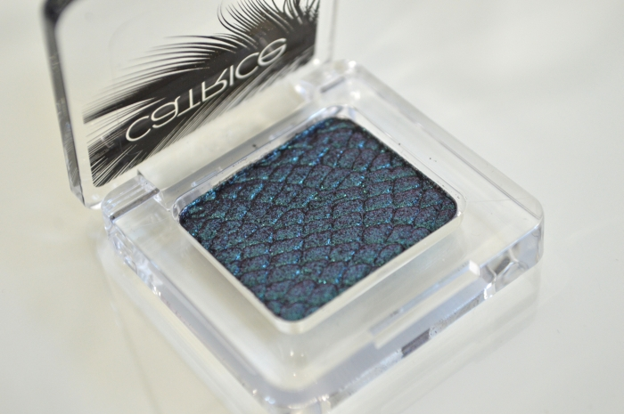 Catrice_Feathered_Fall_LE_Lidschatten_Peacocktail_beauty