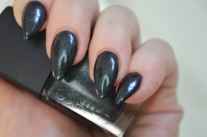 Catrice_Feathered_Fall_Peacocktail_Swatches_Nailpolish
