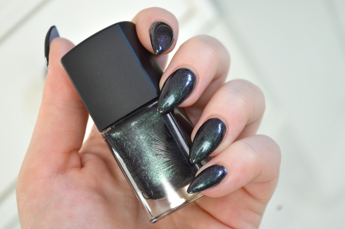 Catrice_Feathered_Fall_Peacocktail_Swatches_blogger