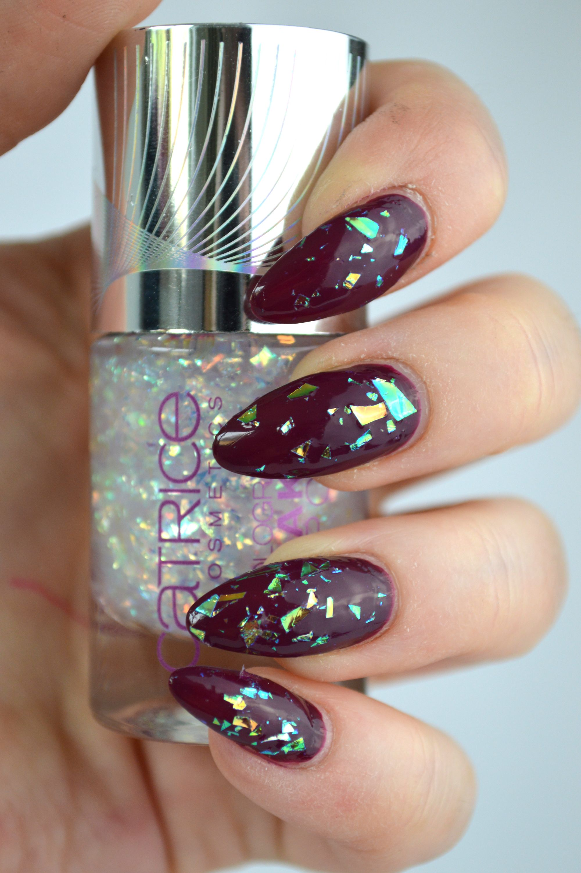 Catrice_Holo_is_the_new_yolo_topcoat_swatches