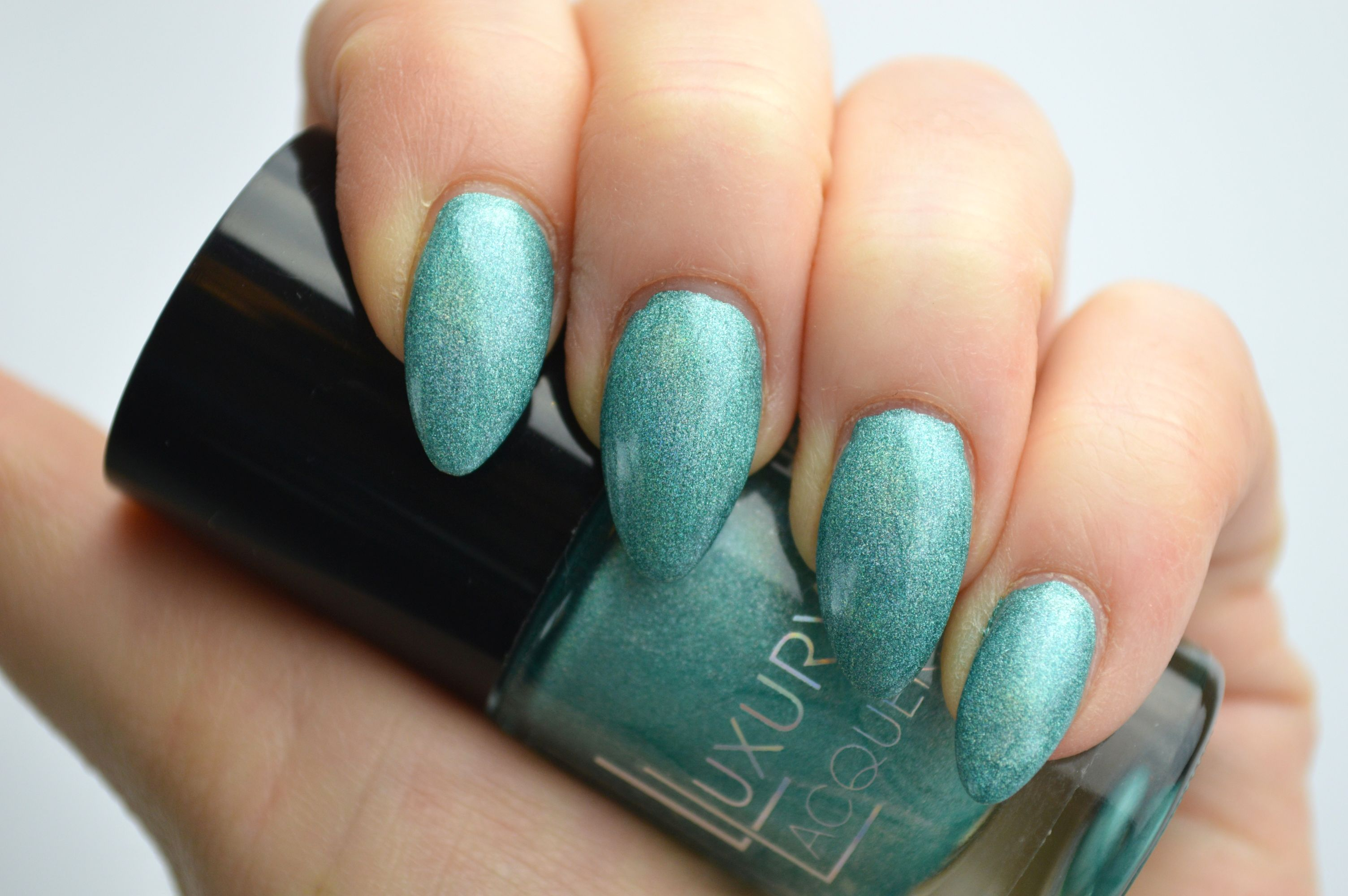 Catrice_Holomania_Holo_in_One_Review