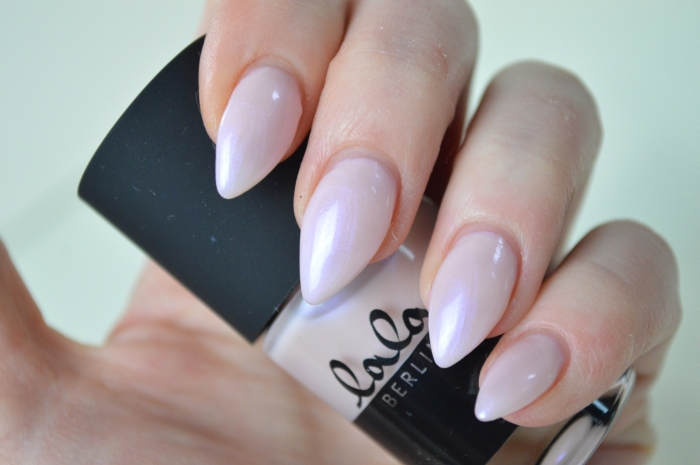 Catrice_Lala_Berlin_Pink_Pearl_Swatches