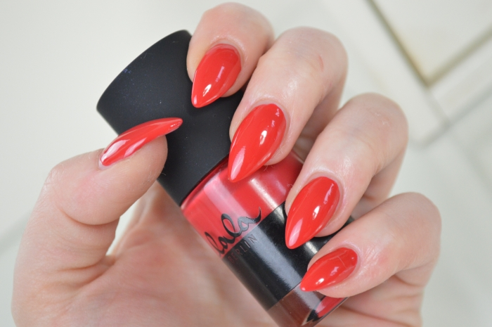 Catrice_Lala_Berlin_Ruby_Red_mikalicious