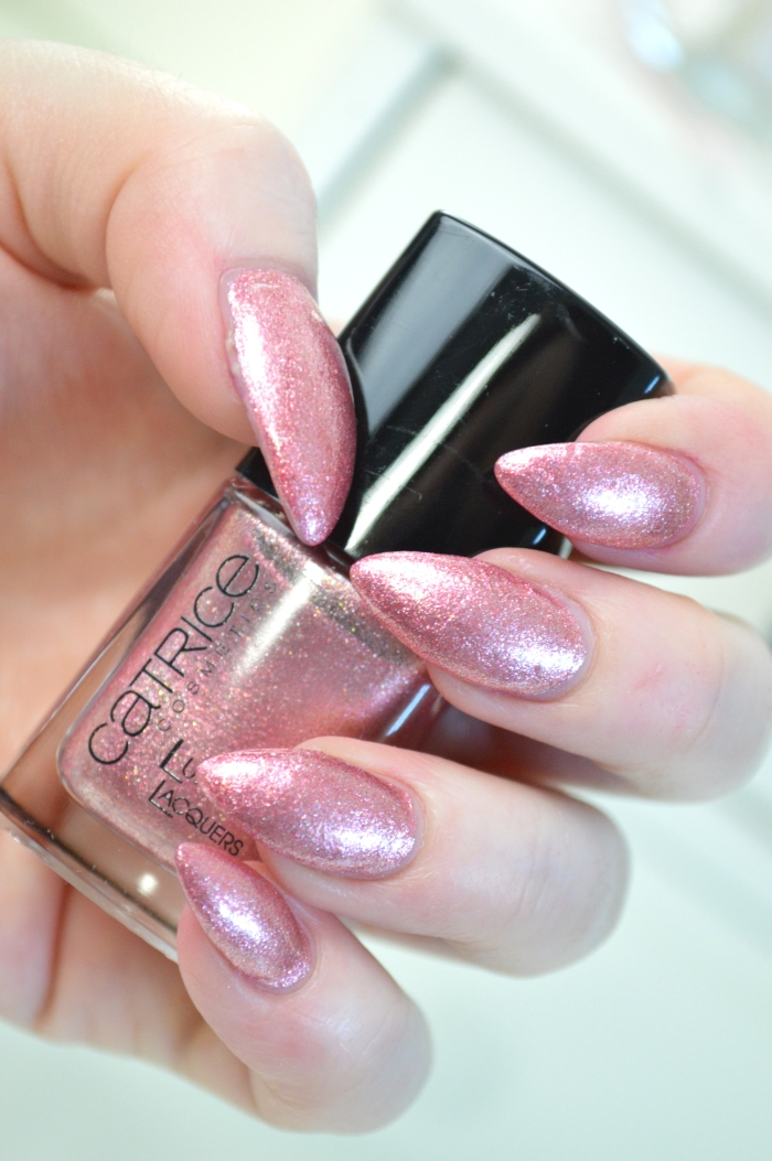 Catrice_Luxury_Lacquers_My_Satin_Ballet_Shoes_Nagellack