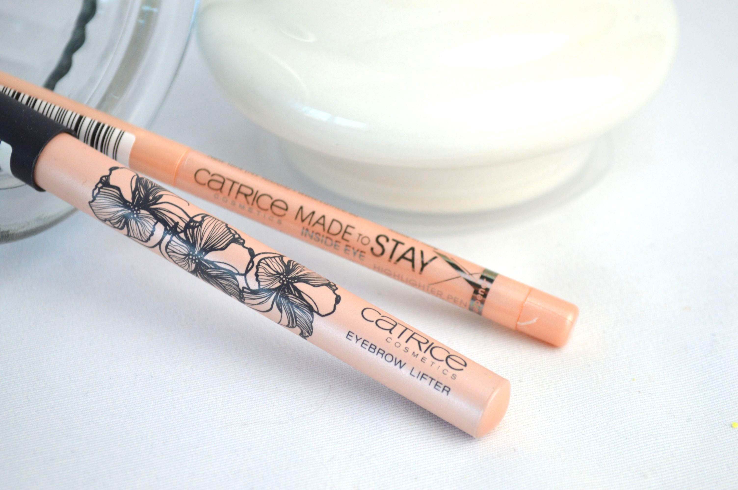 Catrice_eyebrow_lifter_in_eye_highlighter