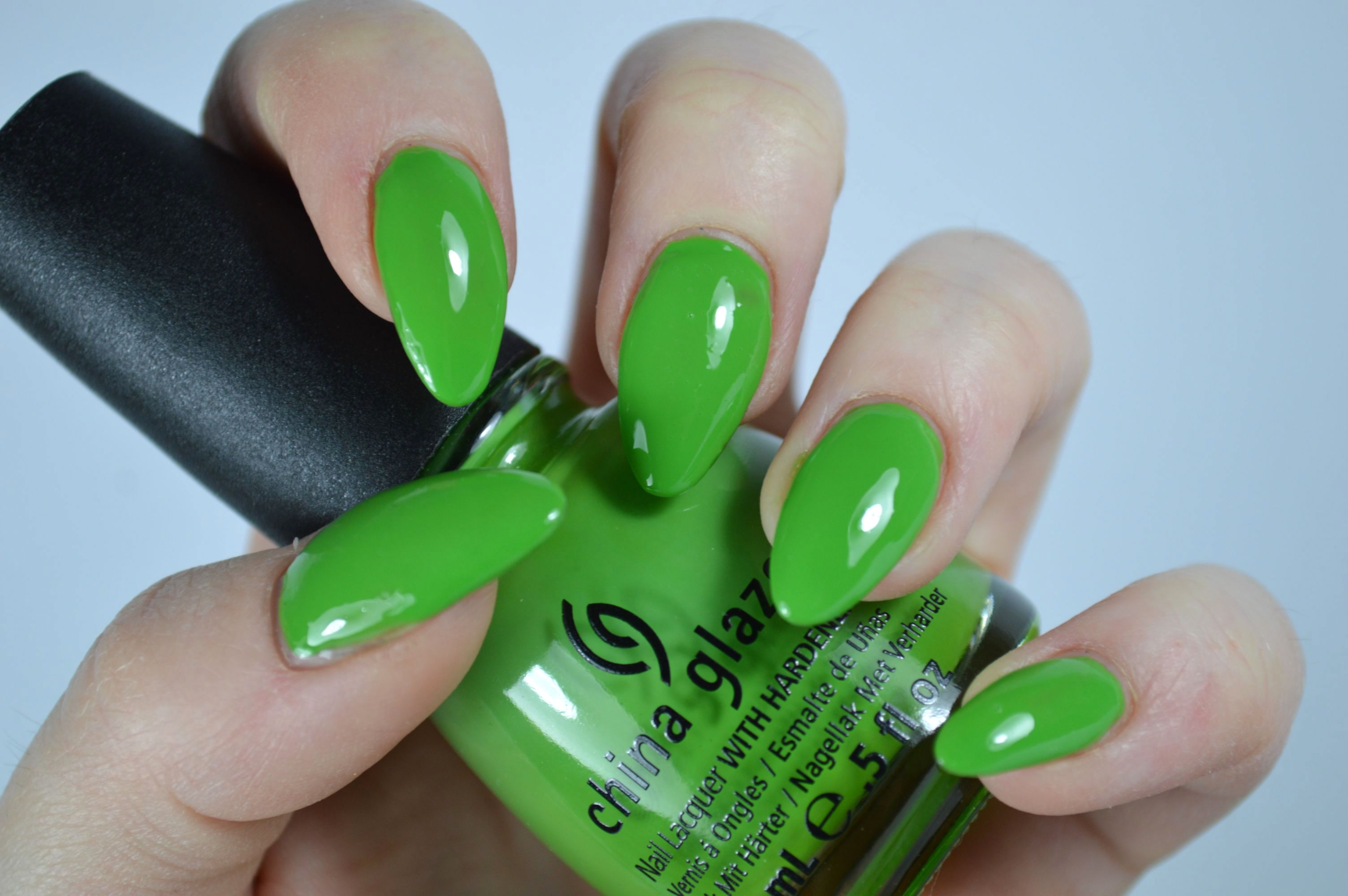 China_Glaze_Gaga_for_Green