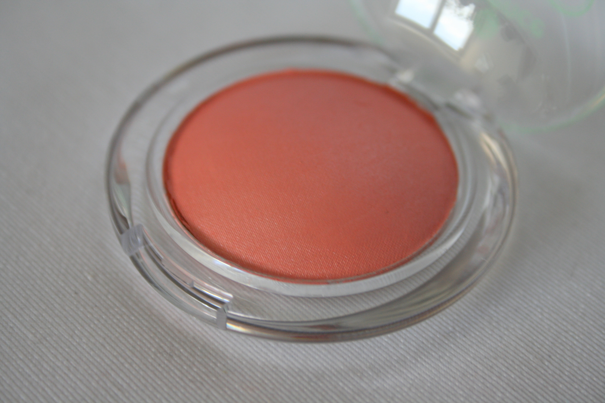 Essence Me  My Icecream Blush Swatches 2