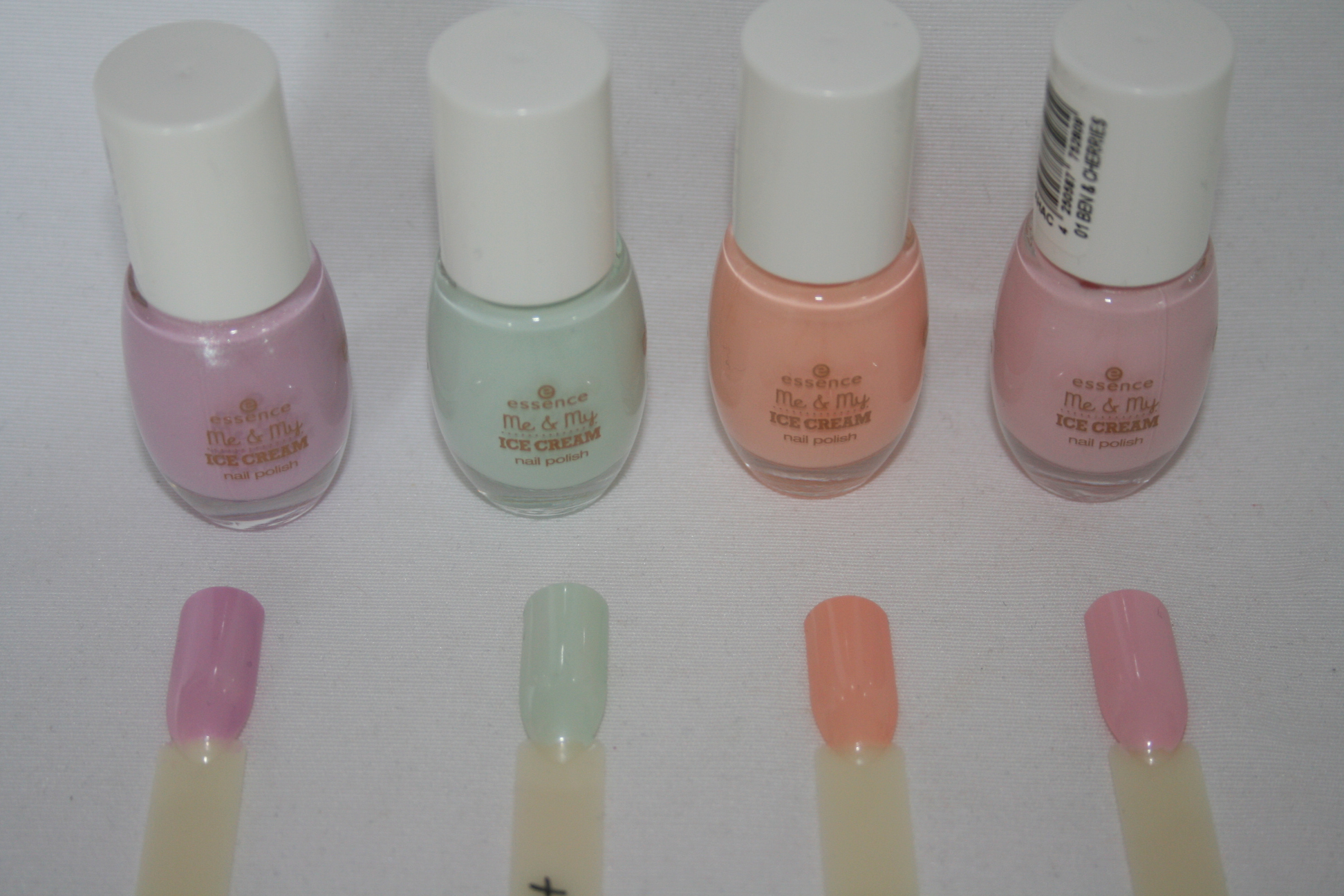 Essence me and my icecram nagellacke swatches