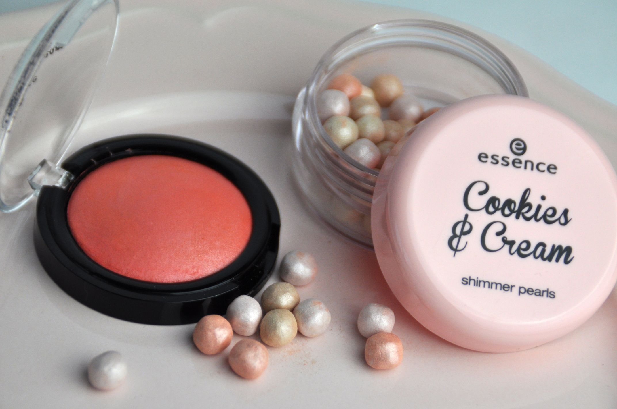 Essence Cookies & Cream LE – Review & Swatches