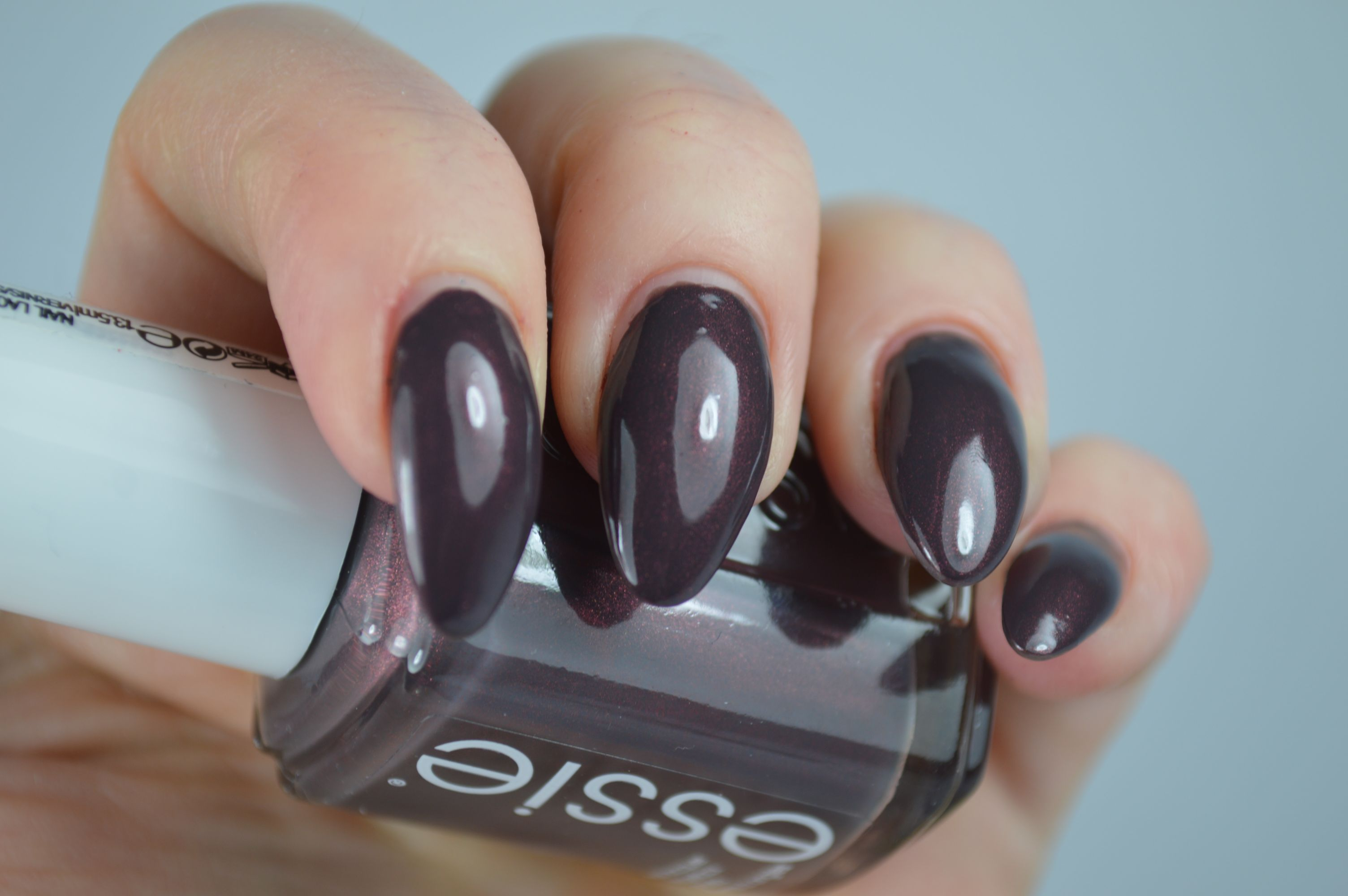 Essie Sable Collar Limited Edition