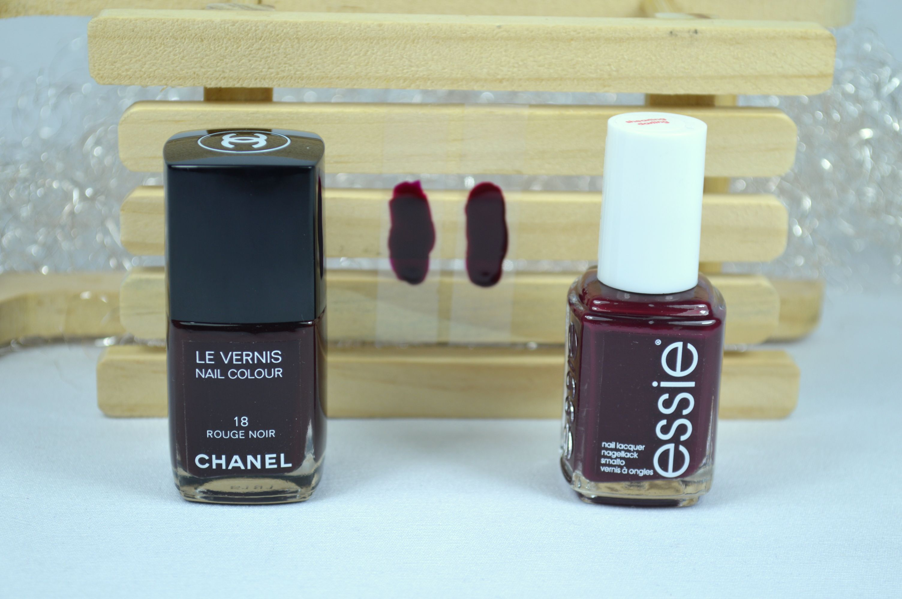 Essie Shearling Darling Chanel Rouge Noir Dupe Vergleich