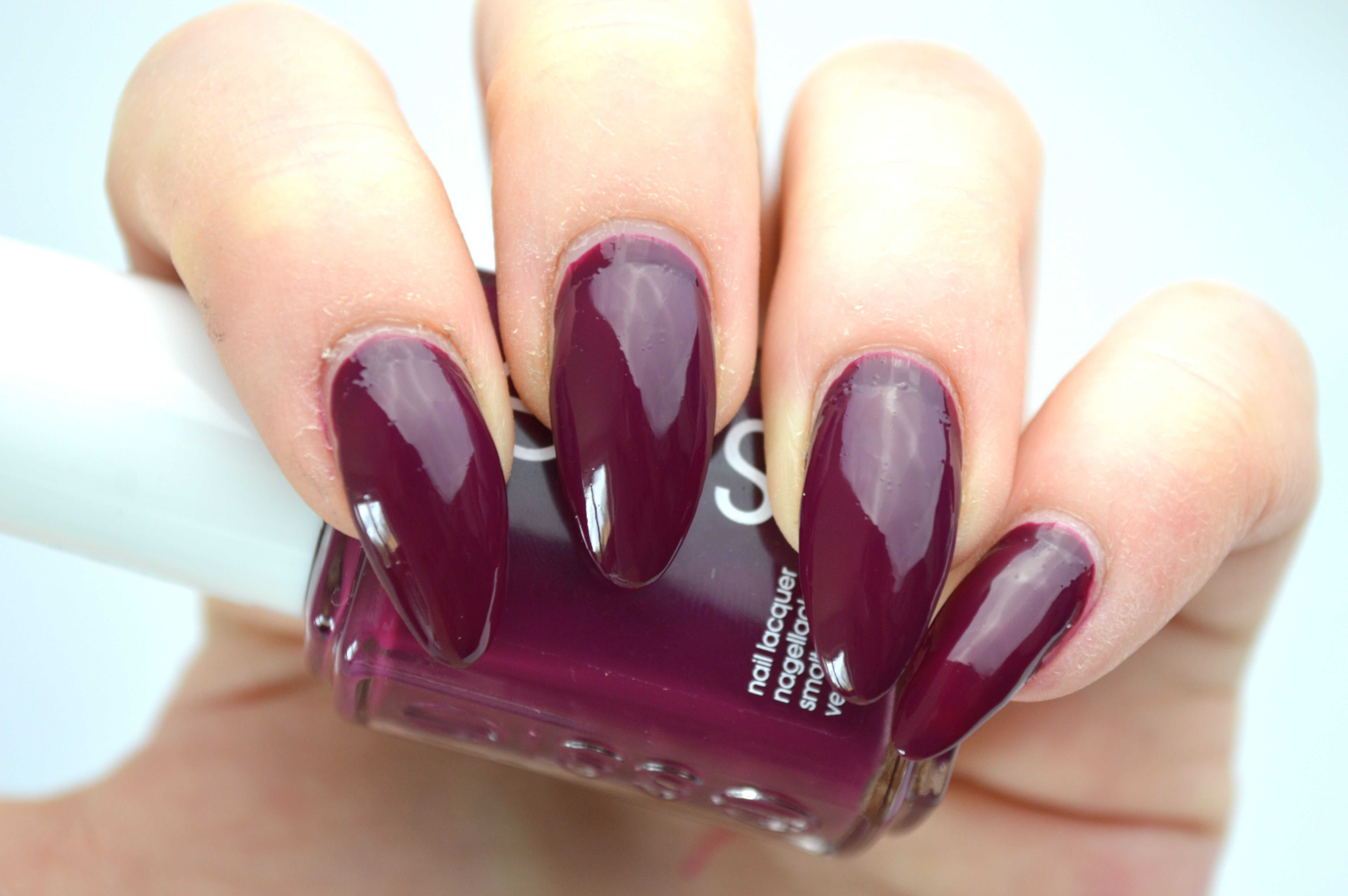 Essie_Bahama_Mama_beauty