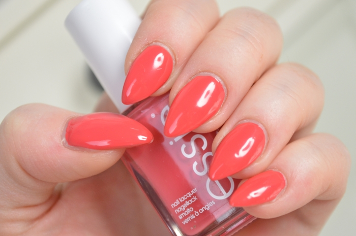 Essie_Bump_Up_The_Pumps_Nagellack