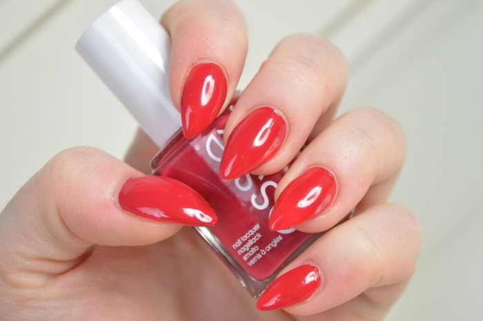 Essie_Double_Breasted_Jacket_Nagellack
