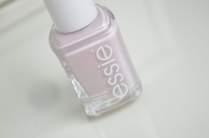 Essie_Neo_Whimsical_Nailpolish