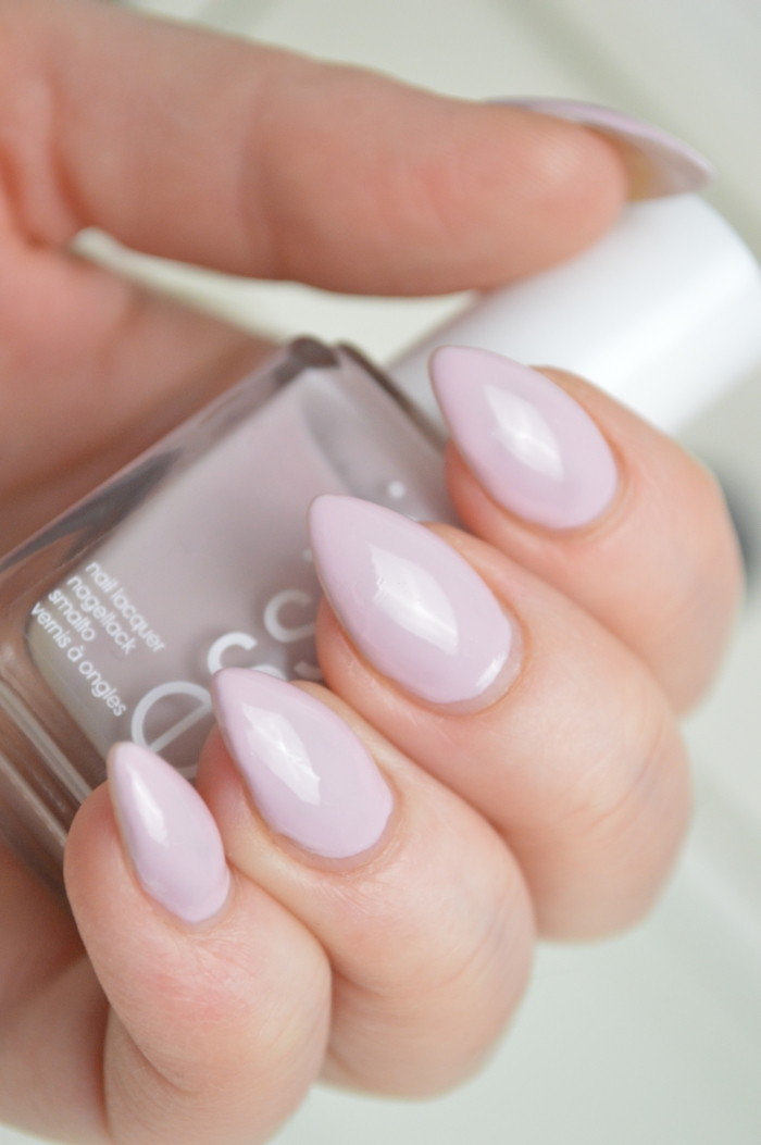Essie_Neo_Whimsical_review