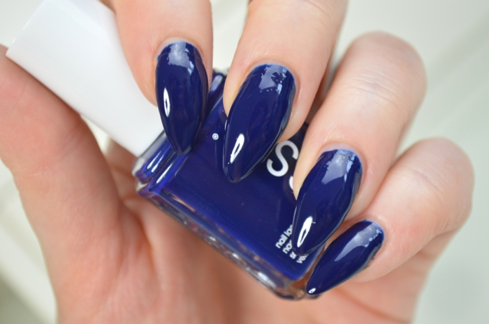 Essie_Style_Cartel_Review